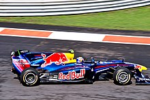 Photo de la Red Bull RB6 de Webber