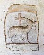 Weitensfeld Zweinitz Pfarrkirche hl. Egydius W-Wand Tympanonrelief Lamm Gottes 13092021 1426.jpg