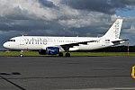 White, CS-TRO, Airbus A320-214 (35043205914).jpg