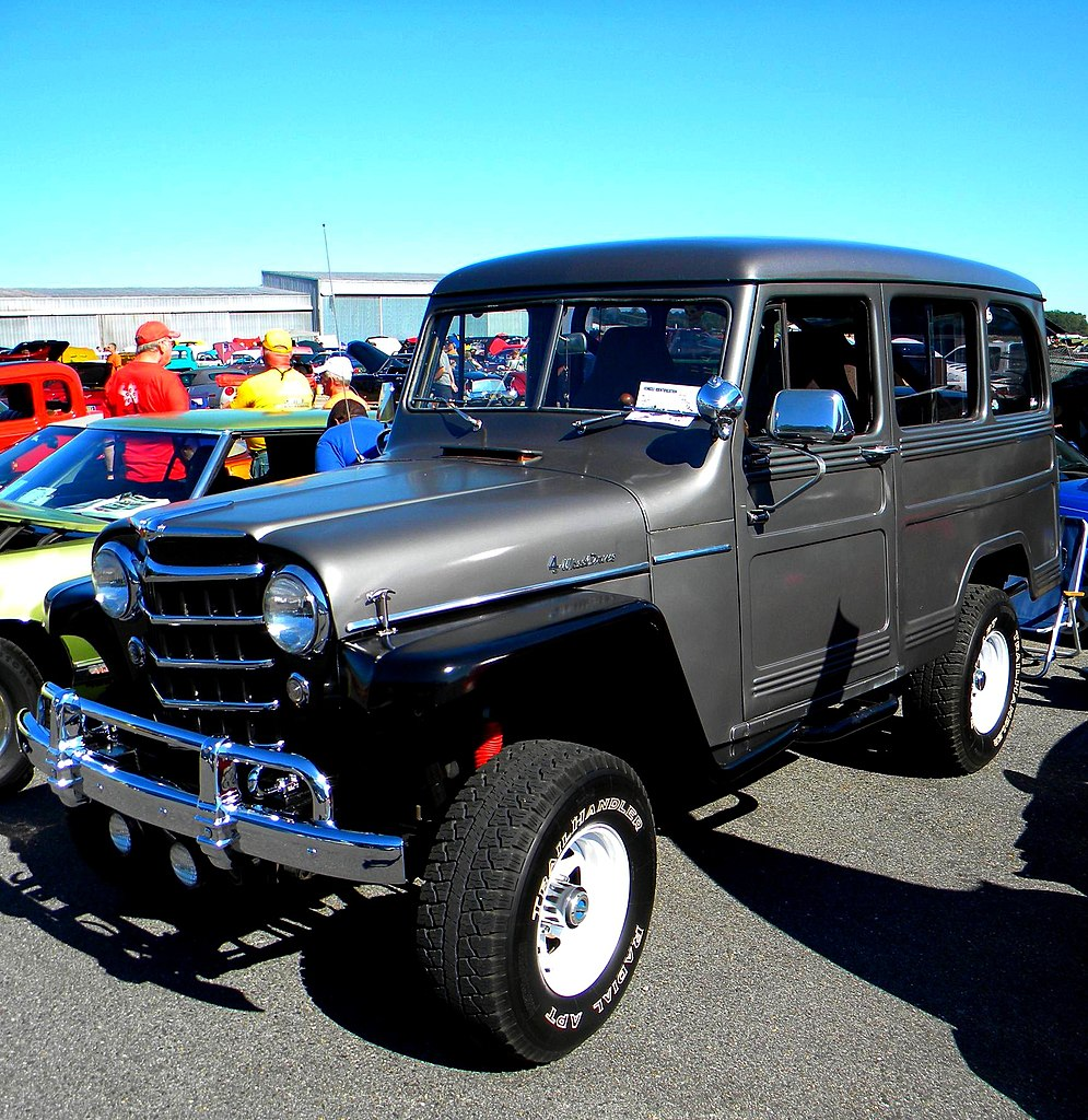 File:Willys Jeep Station Wagon 4x4.jpg