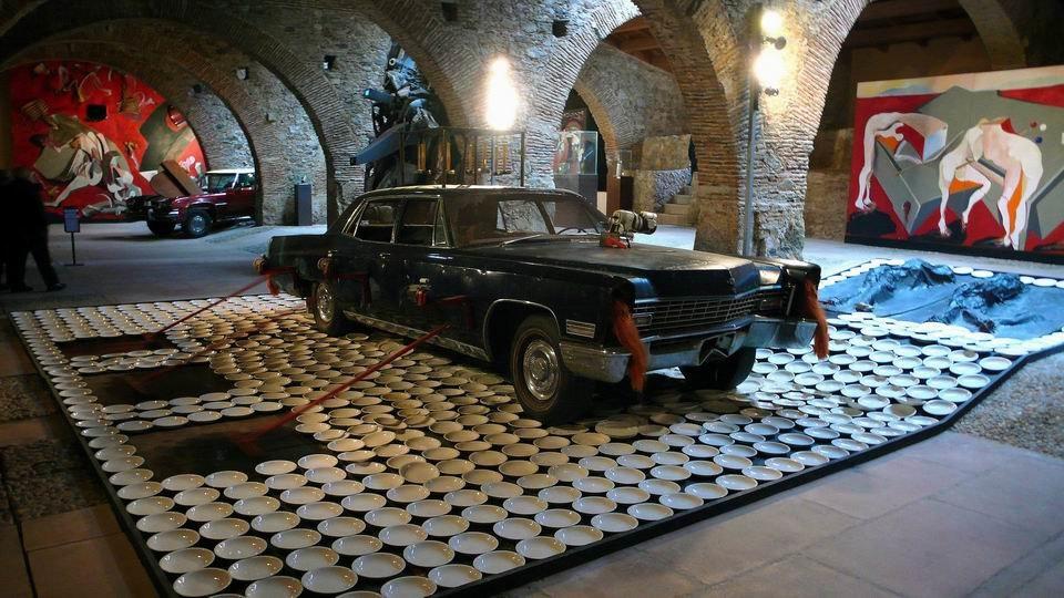 Wolf Vostell, Fiebre de Automóvil, 1973, Instalación
