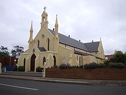 Wollongong StFrancisXavierCathedral.JPG