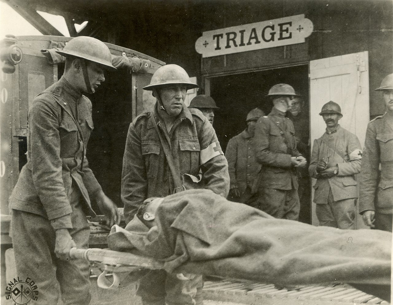 Wounded Triage France WWI.jpg