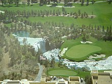 WynnGolfCourseVegas18th.jpg