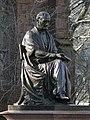 Yale University statue Woolsey 04.JPG