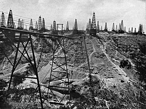 Енанджаун: Yenangyaung oil wells
