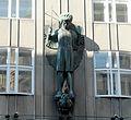 Zacherlhaus Skulptur.jpg