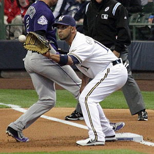 Álex González (infielder, born 1977) - González with the Milwaukee Brewers