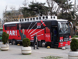 Turkish local elections, 2009 - CHP (Republican People's Party) election bus before the Turkish municipal elections in Kadıköy, Istanbul.