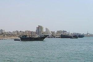 Ŝipnavigo de Keŝm al Bandar-Abbas 003.jpg