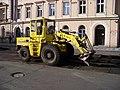 Štefánikova, rekonstrukce TT, u náměstí 14. října, stroj.jpg