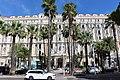 """Канны, вход в отель """"Карлтон"""" - panoramio.jpg"""