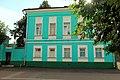 Коломна, Комсомольская, 16, городская усадьба, главный дом, вид с противоположной стороны улицы.jpg