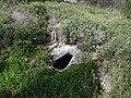 גבעת העמדות ברכס נשר ההיסטורי - שרידי שירותים (1).jpg