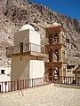 مأذنه مسجد الحاكم بأمر الله وبرج الكنسية.JPG