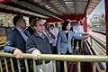 04.14 總統乘坐五分車至雲林「虎尾糖廠」,欣賞沿途風景 (33871308242).jpg