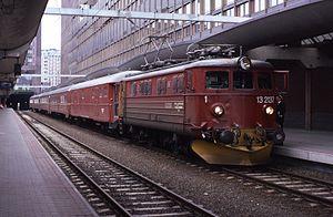 NSB El 13 - El 13.2137 at Oslo Central Station in 1986