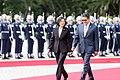 10.03 總統與宏都拉斯共和國葉南德茲(Juan Orlando Hernández)總統伉儷一同進入「軍禮歡迎儀式」會場 (30080764545).jpg