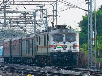 Secunderabad Rajdhani Express - SC - NZM Rajdhani Express leaving Kazipet Junction