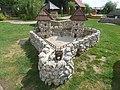 180731 Alsóörs 4 nap 5 Dinnyés Várpark (49) Kosztajnica.jpg