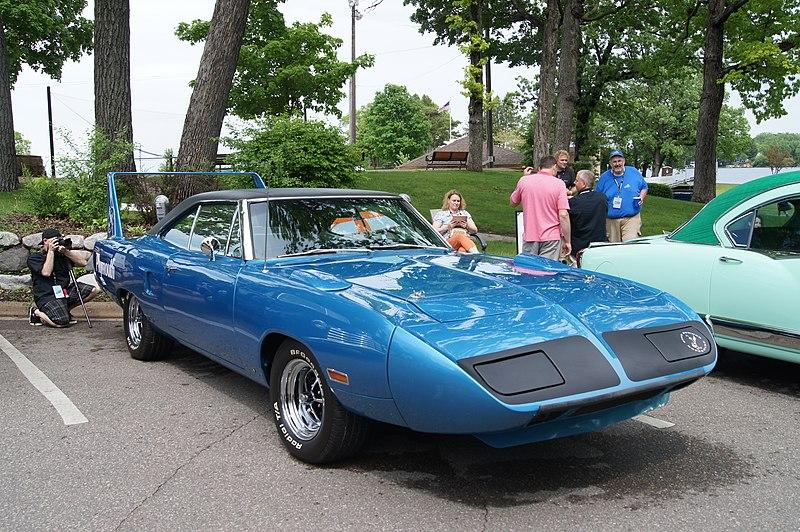 File:1970 Plymouth Roadrunner Superbird (14340275766).jpg