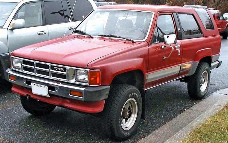 800px-1st-Toyota-4Runner.jpg