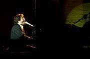 Grzegorz Turnau podczas koncertu w Filharmonii Rzeszowskiej (październik 2006)