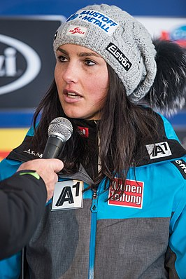 2017 Audi FIS Ski Weltcup Garmisch-Partenkirchen Damen - Stephanie Venier - by 2eight - 8SC0917.jpg