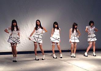 9nine - Release Event of Re: at Lazona Kawasaki Plaza, November 2013. From left, Uki Satake, Kanae Yoshii, Umika Kawashima, Hirona Murata, Sayaka Nishiwaki