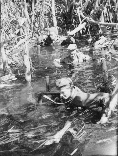 AWM 078546 Australian 42nd Battalion patrol on Bougainville