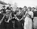 A group of young Italian women employed by the British Army to unload artillery ammunition at a railhead dump in northern Italy, 1918. Q26158.jpg