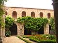 Abbaye Fontfroide cloitre 18.jpeg