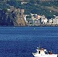 Acicastello - Vista dal mare - panoramio.jpg