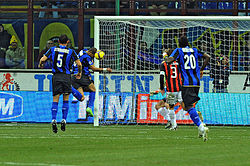 Adriano score vs Milan February 2009.jpg