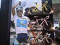 Alberto Contador with TREK Madone (3011586533).jpg