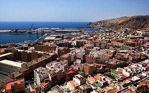 Almería mit Hafen