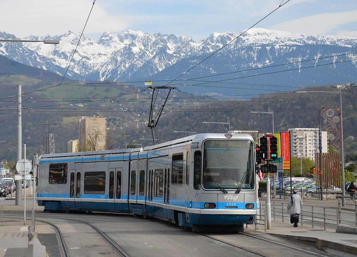 ligne d du tramway de grenoble wikip dia. Black Bedroom Furniture Sets. Home Design Ideas