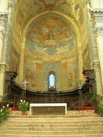 http://upload.wikimedia.org/wikipedia/commons/thumb/e/eb/AltaremaggioreCattCT.JPG/360px-AltaremaggioreCattCT.JPG