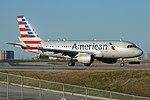 American Airlines Airbus A319 N9021H (28906310626).jpg