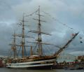Amerigo Vespucci side view at Sail 2005.jpg