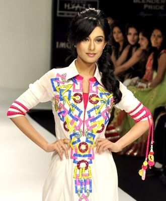 Amrita Rao  IMAGES, GIF, ANIMATED GIF, WALLPAPER, STICKER FOR WHATSAPP & FACEBOOK