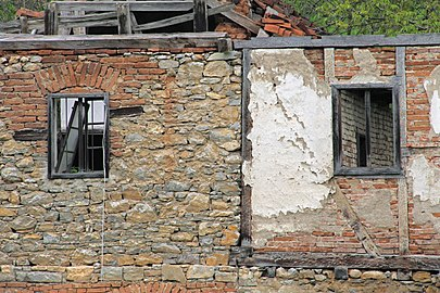 An old farmhouse in the village of Ljuljaci, Serbia (4).jpg