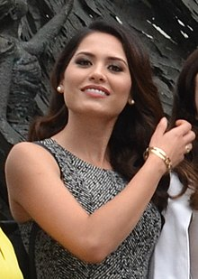 Andrea Meza visiting National Museum of Indonesia (cropped).jpg