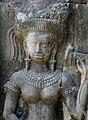 Angkor-Thommanon-12-Devata-2007-gje.jpg