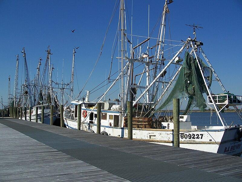 File:Apalachicola FL boats01.jpg