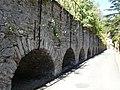 Aquadotto della anziana fabbrica scaramellini - panoramio.jpg