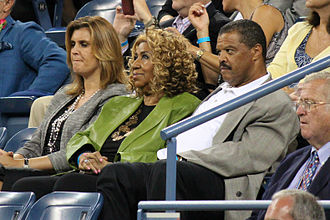 Aretha Franklin - Aretha Franklin and William Wilkerson watching Roger Federer at the 2011 US Open.