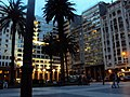 Atardecer en Plaza Independencia - panoramio.jpg