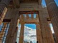 Athen, Akropolis, Propyläen innen 2015-09.jpg