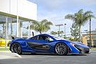 Azure Blue McLaren P1 (15853184781).jpg